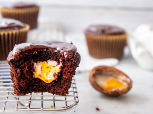 Cadbury Creme Cupcakes are the perfect Easter dessert idea!
